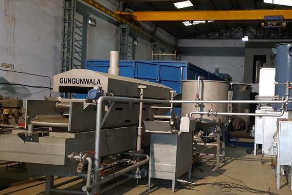 #alt_tagBanana chips making machine