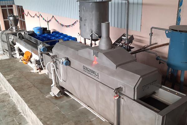 #alt_tagAutomatic continuous fryer line for Potato chips